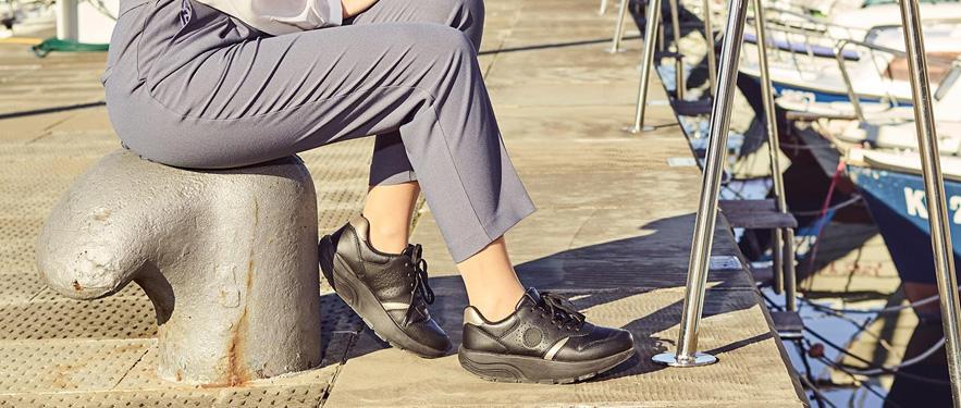 Кросівки шкіряні Walkmaxx Fit