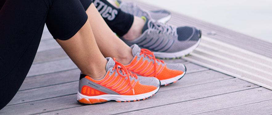 Ультралегкі кросівки